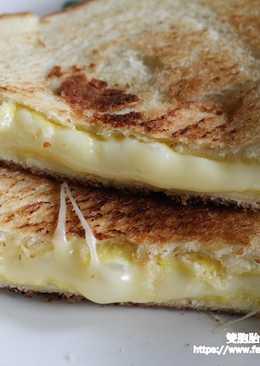 百香果爆漿吐司三明治-素食也可以吃