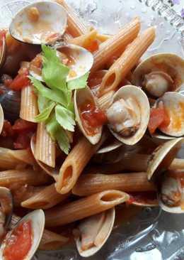 蕃茄蛤蜊辣筆管麵