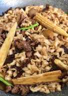 清冰箱-肉燥蔬菜炒麵