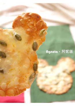 [阿妮塔♥sweet] 米老鼠造型杏仁瓦片。