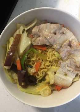 炒韓式泡麵