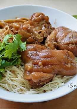 豬腳麵線(電鍋料理)