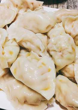 手工高麗菜豬肉水餃(韭黃蝦仁水餃)