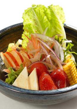 蕃茄海鮮涼拌沙拉