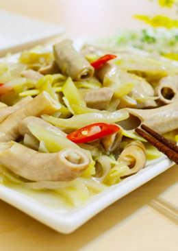 酸菜炒小腸