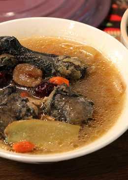 麻油烏雞湯