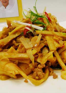 貴竹筍炒肉末(豆油伯辣豆瓣醬食譜)