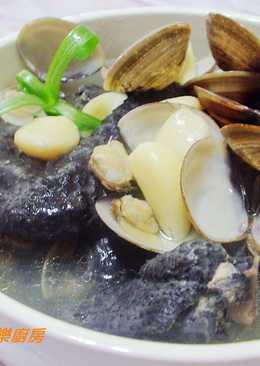 【電鍋料理】~蒜頭蛤蜊烏骨雞湯
