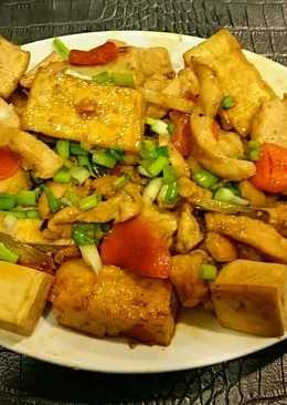 臭豆腐炒雞柳