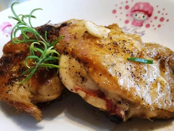 香煎(迷迭香)雞腿排