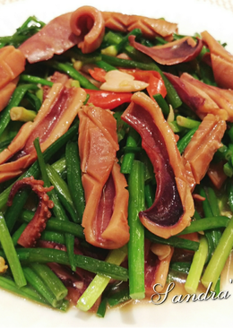 韭菜花炒鮮魷