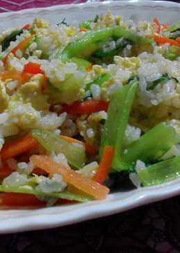 芥菜(刈菜)胡蘿蔔蛋炒飯