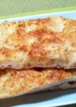 ~法式蒜香佛卡夏~餐桌上的早餐