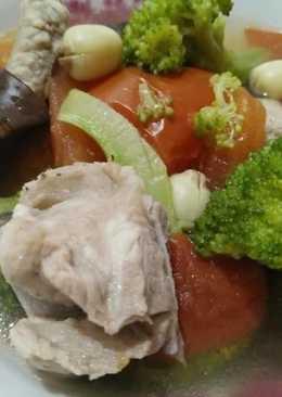 蕃茄排骨湯【豆豆愛的料理】