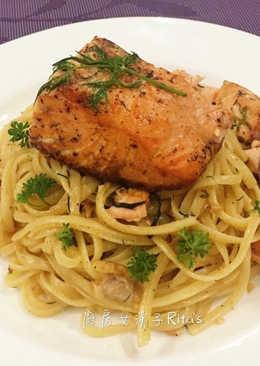白酒鮭魚義大利麵