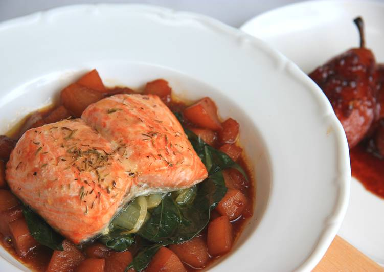 爐烤紙包鮭魚佐紅酒西洋梨