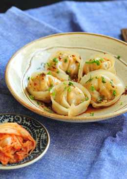 韓式泡菜蒸餃 x 四川紅油抄手醬汁