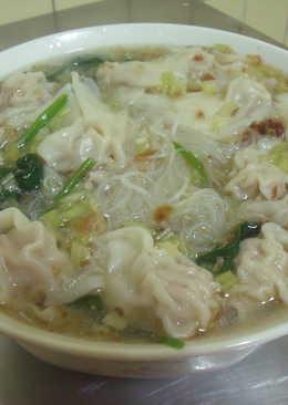 簡單好吃-餛飩米粉湯