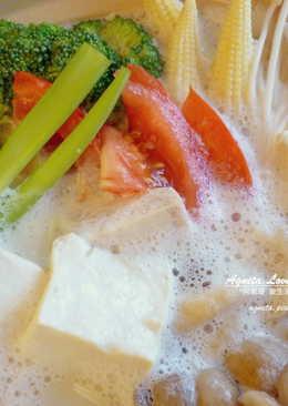 [阿妮塔♥yummy] 豆漿火鍋(蔬食)。