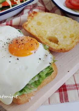 [Brunch]恰巴提尼太陽蛋三明治