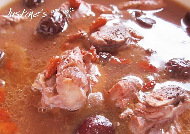 紅麴麻油雞湯
