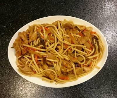 日式醬油炒麵