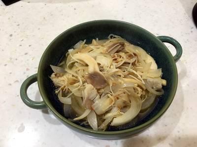 洋蔥菇菇佐xo醬