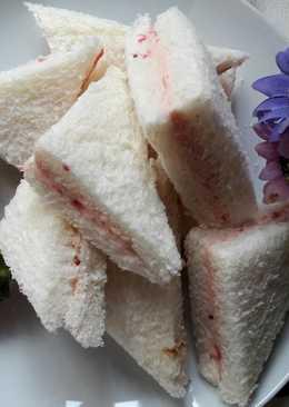 春天的氣息 ~ 加味奶油 - 草莓奶油三明治
