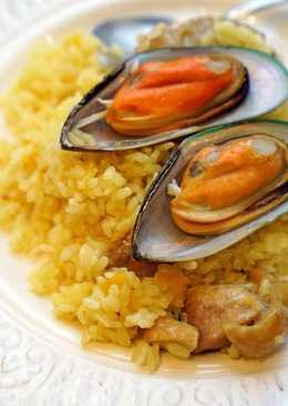番紅花雞肉淡菜燉飯。簡易版