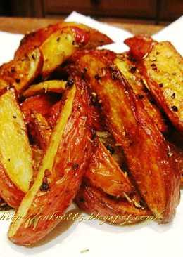 皮脆內鬆軟─烤薯條