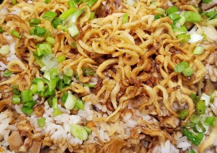 《暖胃之選》黃金章魚冬菇煲仔飯