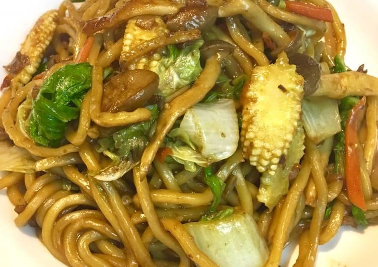 素肉燥醬油炒麵