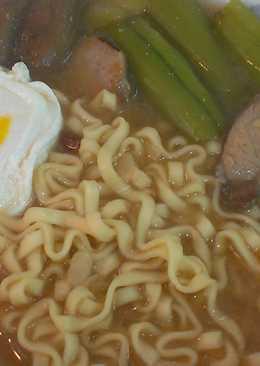 日式味增菜瓜拉麵佐水波蛋~剩菜大變身
