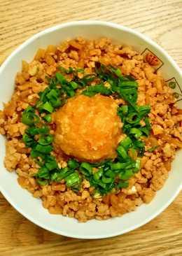 味噌豬肉蘿蔔泥丼