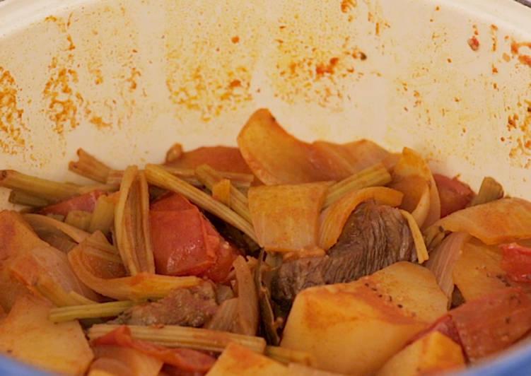【multee摩堤_鑄鐵鍋料理】匈牙利紅酒燉牛肉