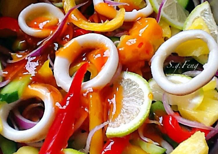 泰式涼拌五彩魷魚