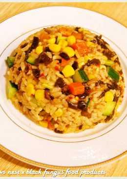 黑木耳玉米肉醬鮮蔬拌飯.柯媽媽の植物燕窩