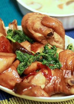 菲姐私房菜-三杯菇菇雞