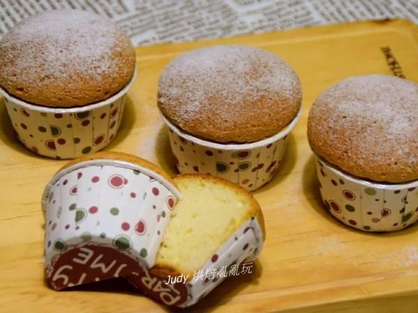 蜂蜜海綿杯子蛋糕