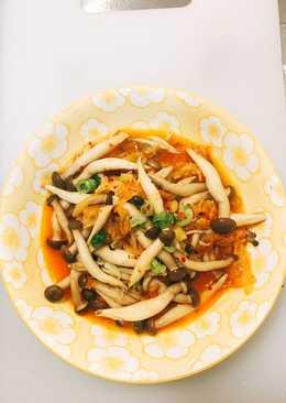 韓式泡菜燴秀珍菇