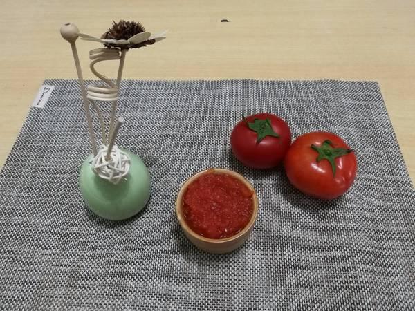 (煮食影片)自制番茄醬 ~ 無防腐劑和化學成份,吃得安心!(簡易版)