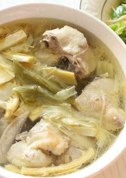 酸菜筍子雞湯