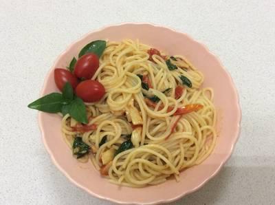 羅勒鯷魚番茄義大利麵