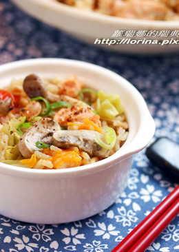 整顆番茄飯日式豪華版~味噌鮭魚野菇番茄飯