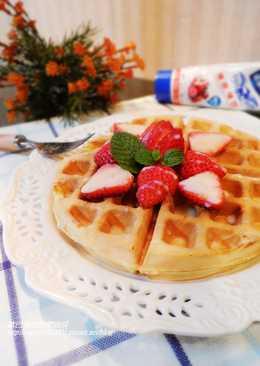 草莓煉奶美式鬆餅