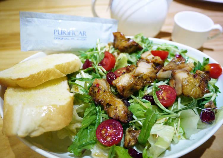 普力活堅果果香嫩雞沙拉(台中分公司 提供)
