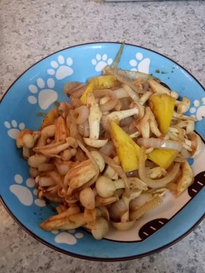 夏威夷沙茶洋蔥鳳梨菇