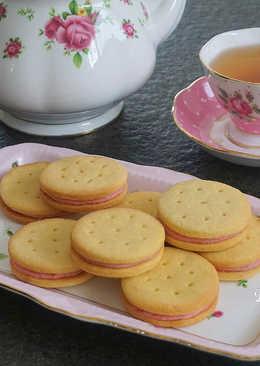 草莓卡士達奶油餅乾