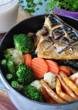 醃漬鯖魚蓋飯