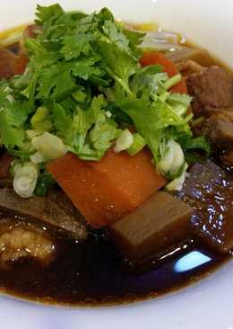 『紅燒豬肉湯』電子鍋偽牛肉湯料理版